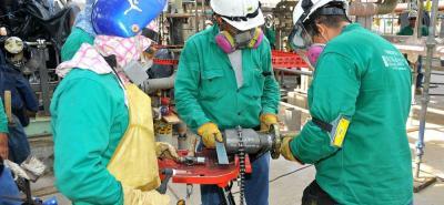 En informe Ecopetrol afirma que las empresas contratistas de su regional Central fueron las que más generaron contratación de mano de obra, destacándose el departamento de Santander.