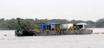Este martes 30 de agosto vence el plazo para que Navelena logre el cierre financiero del proyecto de navegabilidad del río.