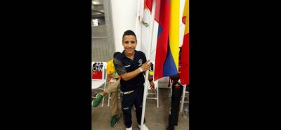 El nadador santandereano Carlos Daniel Serrano fue el héroe de Colombia tras alcanzar un oro, una plata y un bronce, además, fue el abanderado en la ceremonia de clausura.