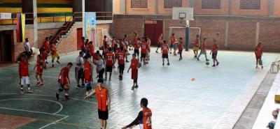 El baloncesto está de 'escuela' este fin de semana en Bucaramanga con el Campus organizado por Experiencia Naranja.