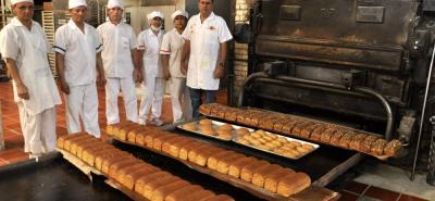 El 3 de mayo de 1922, se abrió oficialmente la panadería. Era una de las primeras que funcionaban en la ciudad. De esos inicios, vienen a la memoria productos como el mojicón, que se reemplazó por el pan especial.