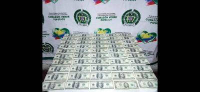 Los dólares quedaron a disposición de la Fiscalía seccional de Pamplona. Por ahora, la Policía investiga la procedencia del dinero.