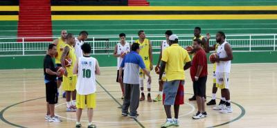 Esta noche, ante Guaros de Lara, debutará en la Liga Suramericana de Clubes de Baloncesto el quinteto de Búcaros, que espera hacer una buena actuación y lograr su clasificación a la ronda semifinal del torneo continental.