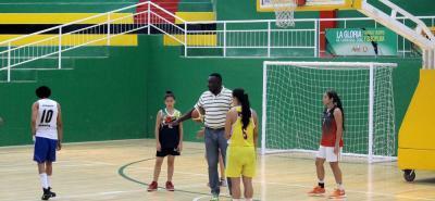 A partir de hoy, se llevará a cabo en el coliseo Vicente Díaz Romero, de Bucaramanga, la Copa Especial Femenina de la Paz 2016, en la que compite el elenco Hormigas de Santander.