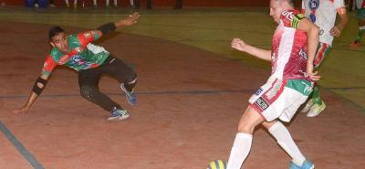 Taz Santander superó a Caciques del Quindío en los cuartos de final de la Copa Hero Masculina de Microfútbol, y se medirá en una de las semifinales ante el Club Faraones de Pitalito.