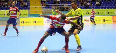 Real Bucaramanga se clasificó ayer a la ronda semifinal de la Liga Argos-II al eliminar a Independiente Barranquilla.