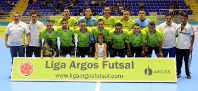 Real Bucaramanga venció 1-2 a Atlético Dorada en el primer partido de la final de la Liga Argos de Futsal y ahora buscará su tercer título del certamen en la capital santandereana, aunque no lo hará en su casa natural, el coliseo Bicentenario, porque el Inderbu no lo prestó.