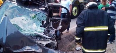 Paso a un carril en la vía entre Bucaramanga y San Gil tras accidente de tránsito