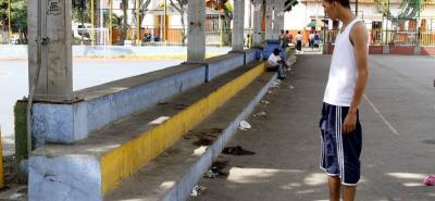 En las graderías de la cancha del barrio Girardot habitaba José María Peña Cogollo.