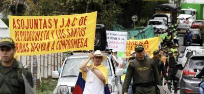 La marcha del domingo partirá a las 8:00 a.m. del casco urbano de Los Santos, a la cual se irán sumando participantes, y el punto de encuentro será a las 10:00 a.m. en el Mercado Campesino de la Mesa.