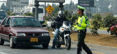 La Policía dispuso de 40 mil efectivos para realizar control en las diferentes vías del país durante el puente festivo.