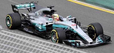 Hamilton impone su ley en los primeros ensayos de la Fórmula 1 en la nueva temporada