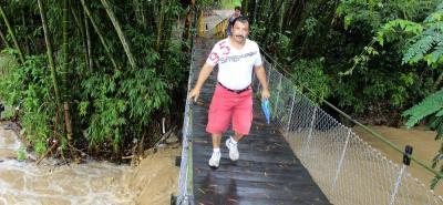 La entrada al barrio Chino sigue siendo uno de los puntos neurálgicos en la localidad. El peligro por inundación es latente y el puente requiere ser reemplazado.