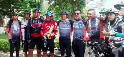 Integrantes de los clubes de ciclomontañismo del Socorro y Bucaramanga que participaron en un gran encuentro.