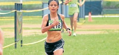 La boyacense Sandra Marcela Rosas, luego de tres podios, logró su objetivo, ganar la Carrera Atlética de la UIS, y lo hizo con solvencia.