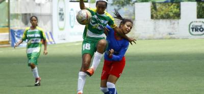 Generaciones de Palmira (verde) superó 3-0 a Estrellas del Futuro y clasificó a las semifinales del 5.° Torneo Nacional de Fútbol Femenino en la categoría juvenil. Hoy, a partir de la 1:30 p.m., se medirá ante el Atlético Bucaramanga, uno de los favoritos.