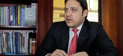 El senador Carlos Fernando Motoa le pidió al Gobierno Nacional ampliar la aplicación de la figura del fast track en el Congreso.