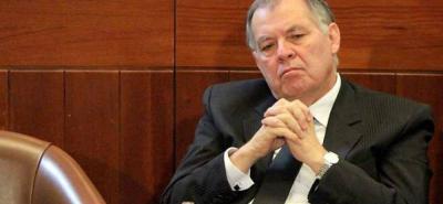 En medio de la división dentro de la corporación, el próximo martes la Asamblea de Santander le entregará la orden Luis Carlos Galán al exprocurador Alejandro Ordóñez.