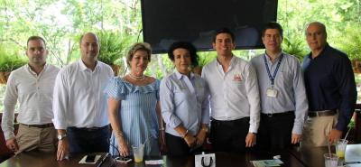 Ernesto Rueda, Jaime Clavijo, Omaira Ballesteros, Claudia Alvarado, Diego Jaimes, Difanor Bayona y Josué Calderón.