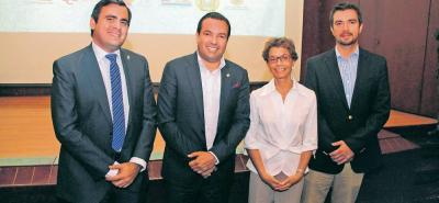 Héctor Mantilla, Didier Tavera Amado, Luisa Gómez y Juan Camilo Beltrán.