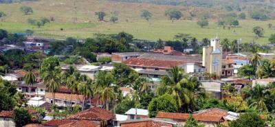 Confirman que víctimas de masacre de Tarazá eran familiares de guerrillero de las Farc