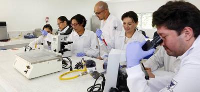 En el proyecto participan los grupos de investigación Cliniudes y Cibas de la Udes, el grupo Giftex de la UIS y el Inquimae de la UBA.