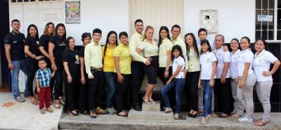Un grupo de profesionales trabaja para ofrecer los productos y servicios de A Vestir Confecciones a los más de 500 clientes en Bucaramanga, Medellín, Bogotá, Aguachica, Barbosa, entre otras ciudades del país.