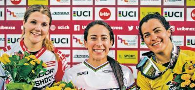 La vigente campeona mundial y olímpica de BMX, la colombiana Mariana Pajón subió a lo más alto del podio en Zólder, Bélgica, por delante de Simone Christensen y Stefany Hernández.