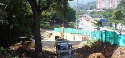 A pesar de que hace menos de tres meses iniciaron las obras civiles de la paralela oriental TCC - Molinos, hay tramos en donde los trabajos van bastante adelantados.