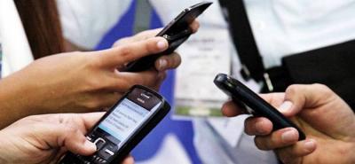 Bumangueses usan el celular durante más de 7 horas al día