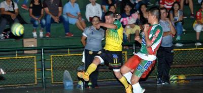 Independiente Indersantander venció 6-1 a Esmeraldas de Chiquinquirá en la Copa Profesional de Microfútbol.