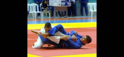 Con la participación de 270 deportistas de 13 ligas de Colombia se cumplió en Bucaramanga el Campeonato Nacional de Judo en las categorías júnior y cadetes. Valle del Cauca fue el campeón en el medallero.