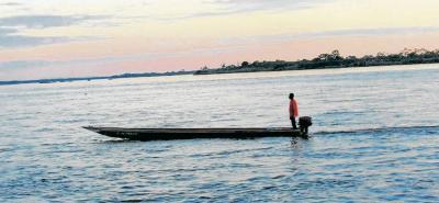 Pescadores de la ribera de Puerto Berrío hallaron el cuerpo sin vida de un hombre de aproximadamente 30 años de edad, quien llevaba varios días en el afluente.