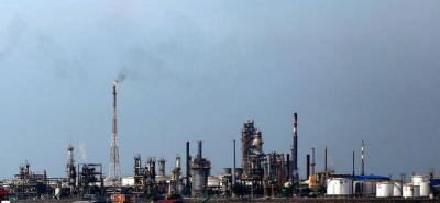 La industria se desplomó 6,8 % en abril en Colombia