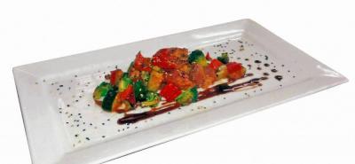 Cerdo con vegetales en salsa teriyaki