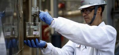El etanol de caña de azúcar empezó a producir en el país el 3 de octubre de 2005 y el biodiésel de aceite de palma, el 1 de enero de 2008.