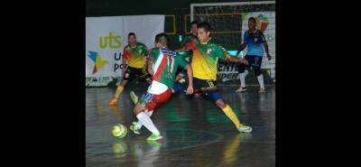 El equipo Independiente Indersantander acumuló su tercera derrota en la Copa Profesional de Microfútbol, esta vez 3-0 en casa de Bello.