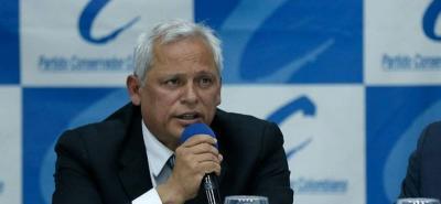Conservadores arremeten contra expresidente Pastrana por el Proceso de Paz