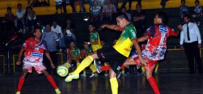 Independiente Indersantander logró una amplia y merecida victoria, 7-1, sobre Real Valledupar.