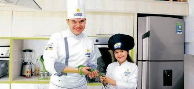 Baby chef es un programa vacacional sabatino, especializado para niños de 3 a 14 años, en el cual se les enseña a los pequeños sobre las potencialidades de los alimentos y prepararlos de una forma rica y saludable.