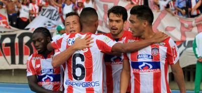 Teófilo Gutiérrez y Yimmi Chará, las grandes contrataciones del Junior, anotaron en su regreso al fútbol colombiano y lo hicieron en la victoria 3-0 sobre La Equidad en el estadio Metropolitano de Barranquilla.