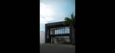 La empresa cuenta con un local sobre la carrera 27 y una planta de fabricación en el barrio Gaitán de Bucaramanga.