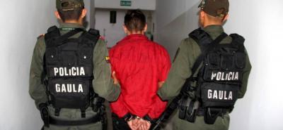 El capturado de 37 años deberá responder ante las autoridades por extorsión.