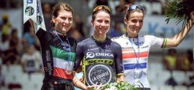 Annemiek Van Vleuten ganó la CRI de La Course By Tour de France, a Elizabeth Deignan y a Elisa Longo Borghini.