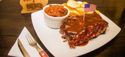 Costillitas de cerdo en salsa BBQ.