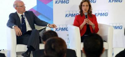 María Claudia Lacouture, durante el panel 'Colombia empresarial 2015', de  KPMG.