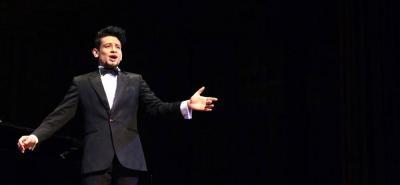 Tenor santanderano participará en concurso internacional de canto lírico