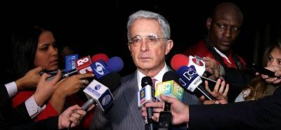 Uribe Vélez afirmó que una de esas pruebas viene de un cabecilla de los 12 apóstoles.