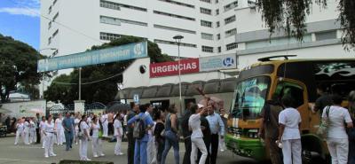 Tras 12 días, levantaron temporalmente paro en el Hospital Universitario de Santander