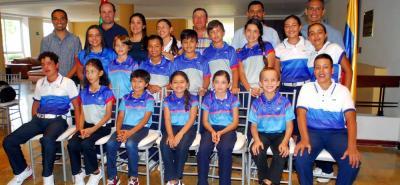 Esta es la delegación de la región oriente que disputará desde mañana el Campeonato Nacional de Golf Infantil, en el Club Los Lagartos de Bogotá.